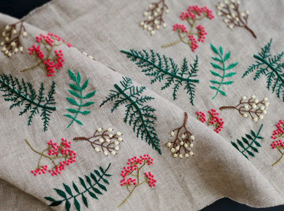 summer leaf embroidery linen2013.jpg