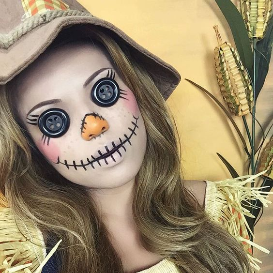 These Sanskari Women Dressed Up For Halloween Will Scare: 47 Times Halloween Face Paint Basically Blew Our Minds