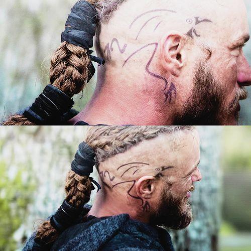 Weisheit gedanken and raben on pinterest for Ragnar head tattoo stencil