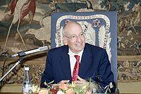 Pascal Roger Couchepin, né le 5 avril 1942 à Martigny-Valais, est un homme politique suisse.  Il occupe par deux fois le poste de président de la Confédération suisse, en 2003 et 2008.