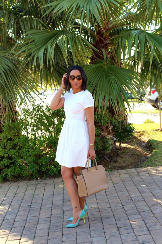 Simple dress with pocket, bright heels & a structured tote for summer in the office
