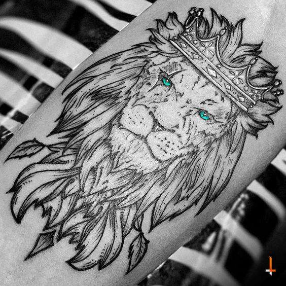 Lion king of the jungle tattoo - photo#24