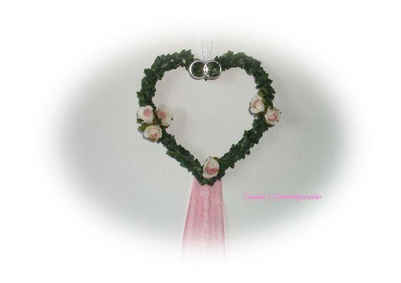 Hochzeit Deko Herz rose von Claudia`s Geschenkparadies auf DaWanda.com