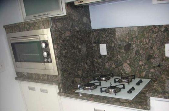 Bancada De Cozinha Em Granito Verde Marinace Detalhe De Fogao E