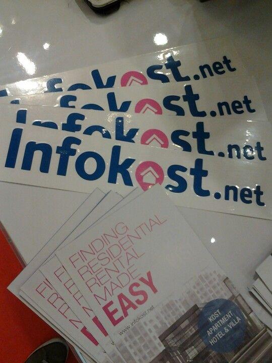 absen dulu ke booth Infokost kalau mau stiker keren ini ;)