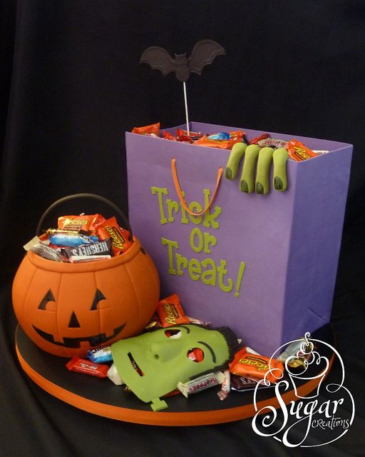 Halloween cake Flickr - Photo Sharing! Decorated cakes