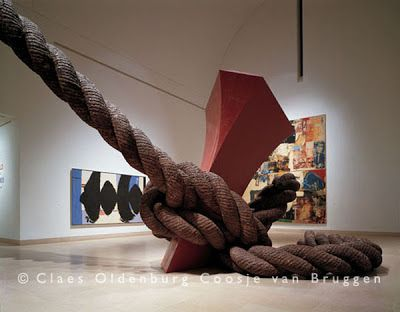 "Claes Oldenburg, ""Stake Hitch"", (1984).  Acier, aluminium, epoxy,peinture, mousse expansée, résine laminée. Hauteur totale: 16.3 m.   Dallas Museum of Art, Dallas, Texas. Photo: Attilio Maranzano."
