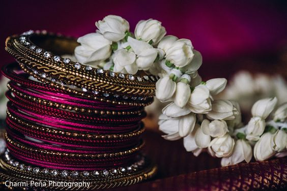 South Indian bridal bangles http://www.maharaniweddings.com/gallery/photo/84187
