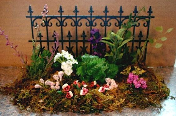 """1"""" flower border by Artisan Tracy Topps using sheet moss, foliage & flowers from hobby & dollhouse store"""