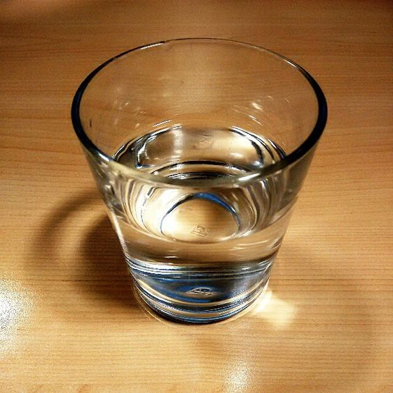 #water #drink #glass #desk #healthy #thirsty #photo #photooftheday