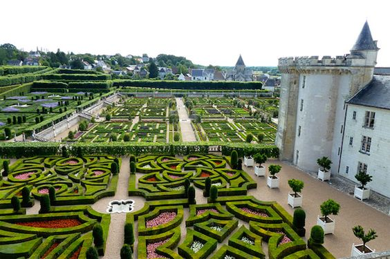 Fabulous The Fantastic Designs of the French Formal Garden Inspired by France Pinterest French formal garden Formal gardens and Gardens