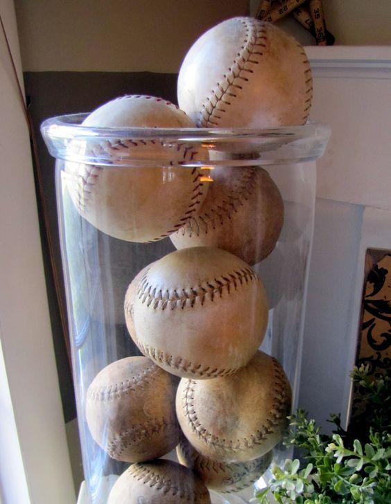 love the old baseballs
