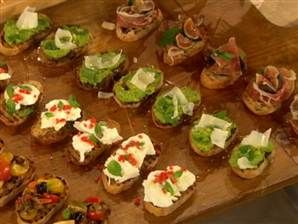 Crostini recipes jamie oliver and recipe on pinterest for Canape jamie oliver