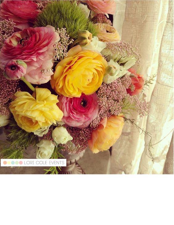 Romantic Ranunculus wedding centerpiece.  #loricoleevents #weddingcenterpiece #ranunculus