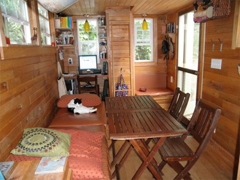 Tiny house built by and lived in by a family of 4
