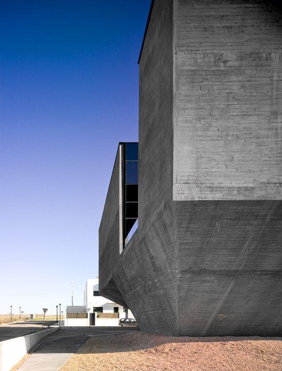 Galería de Centro Integral Territorial De La Mancomunidad De Olivenza / Daniel Jiménez + Jaime Olivera - 2