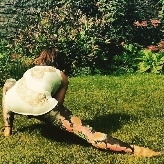 My new snake print wrapping around the back....  #yoga #yogalife  #friendlyfashion #clothingwithlove #transparency #nature #organic #handprinted  #silkscreenprinting #tshirts4rainforests  #FunAliveFresh #emmanissim