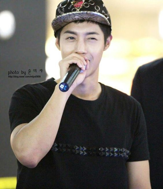 kim hyun joong fansign event for round 3 album 8.20.13