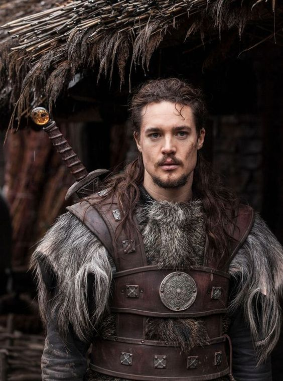 New fave programme and new fave guy - The last kingdom, Alexander Dreymon