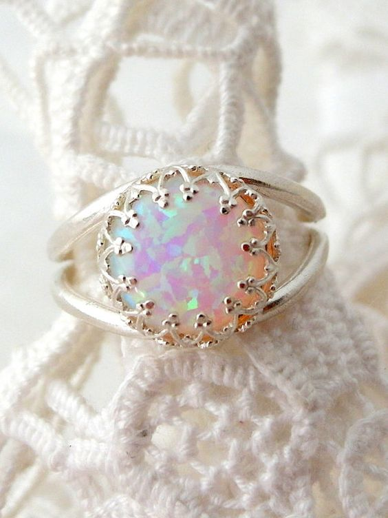 White opal ring, Sterling Silver ring, Gemstone ring, White stone ring, October birthstone ring, Bridal ring, Vintage ring, Multicolor ring