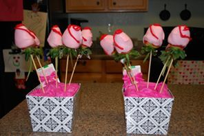 White chocolate dipped strawberries - Valentine's teacher gifts
