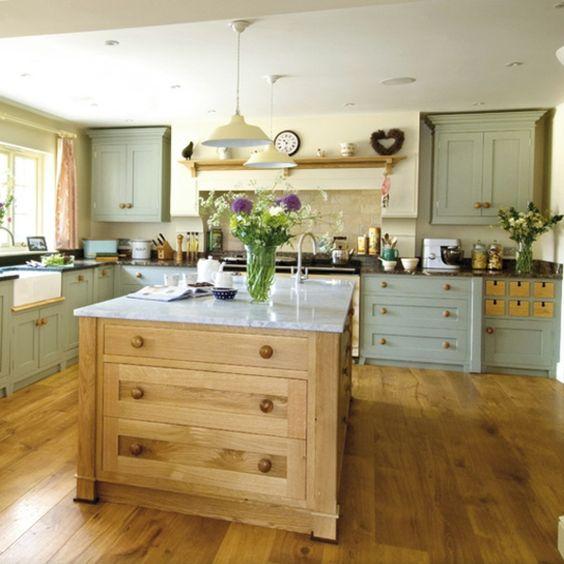 Moderne landhausküchen  moderne landhausküchen mit kochinsel - Google-Suche | küchen ...