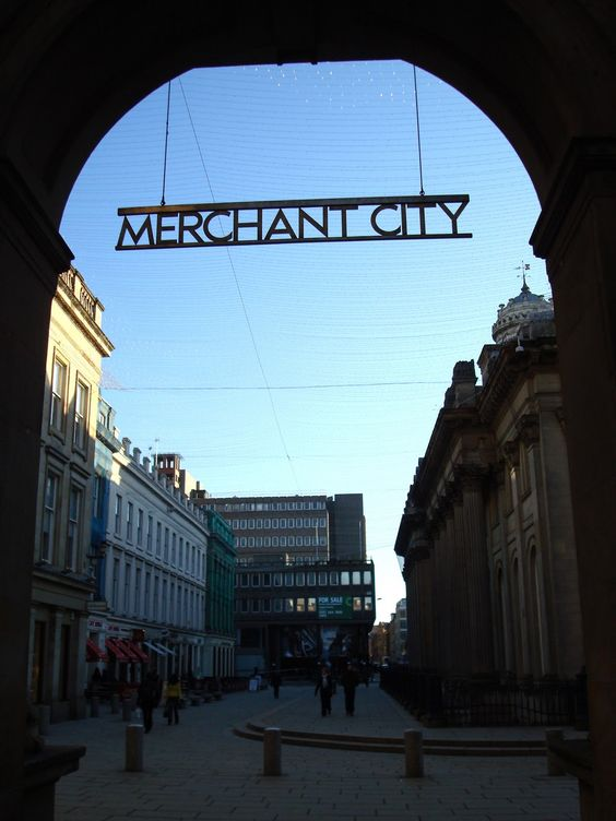Glasgow's Merchant City, plenty of fantastic places to eat, drink and listen to music: