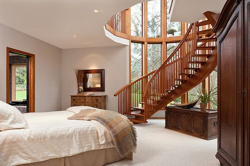 I love the 2nd floor office with a winding stair case into for Bed built into floor