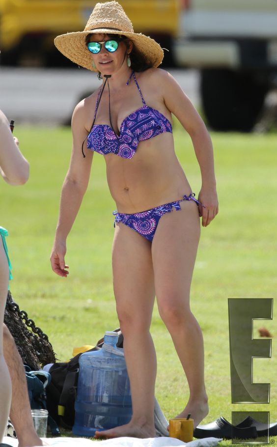 Evangeline Lilly's Back in a Bikini, Plus 7 More Famous Moms Flaunting Impressive Bods After Baby  Evangeline Lilly