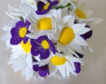 The Maisy Daisy, Pretty Felt Daisy and Violet Bouquet
