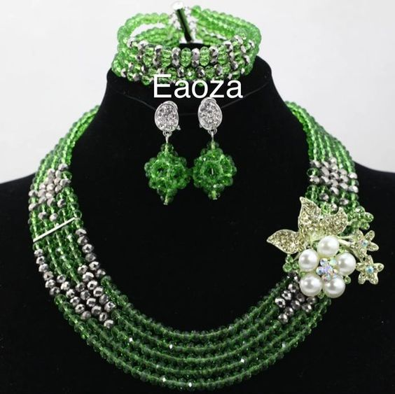 10000EA104 African Nigerian Beads Necklace Set
