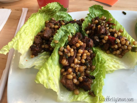spicy vietnamese lettuce wraps | eating vegan @ lyfe kitchen