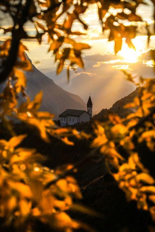 Eurphoria â wanderlusteurope: Dreamy Swiss village