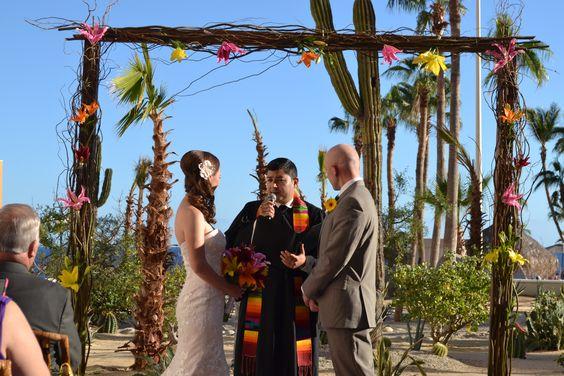 "#WeddingWednesday This is what weddings look like at Sandos Finisterra. Are you ready to say ""I Do"" ?  http://bit.ly/1gD1NBA   #MiércolesDeBoda Así es como se ven las bodas en Sandos Finisterra. ¿Estás lista para decir "" Acepto "" ? http://bit.ly/1k3cqPQ"