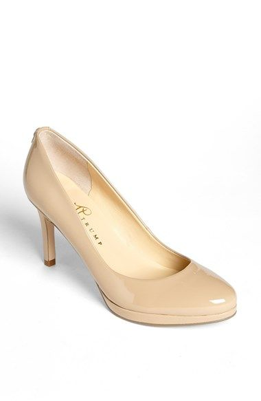 round toe pumps