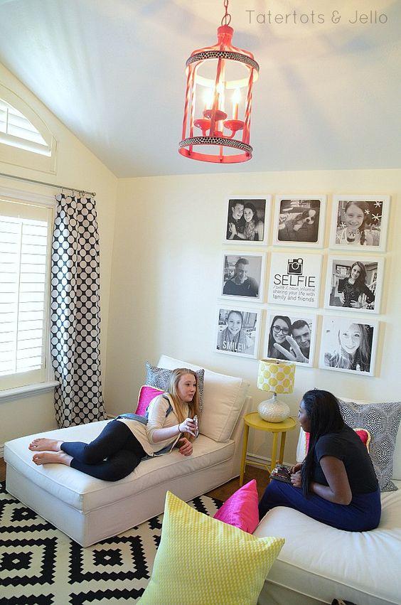 Teen tween hangout room reveal inawaverlyworld for Awesome tween rooms