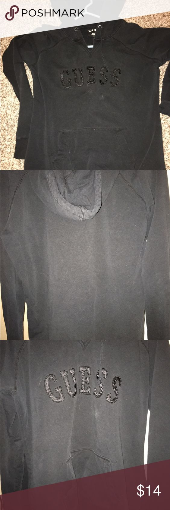 Guess sweatshirt. Nice casual and comfortable ❤️‼️ Comfy black sweatshirt ❤️❤️light use- looks like lighter black in 2 pics but the one in carpet it the true black it is Guess Tops Sweatshirts & Hoodies