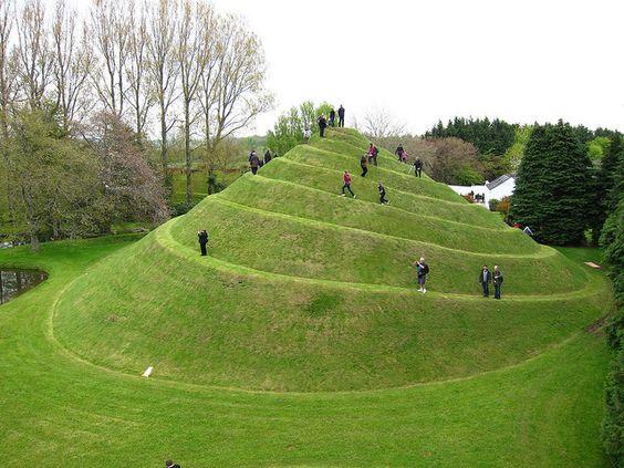 Garden of cosmic speculation scotland famous gardens for Garden design ideas scotland