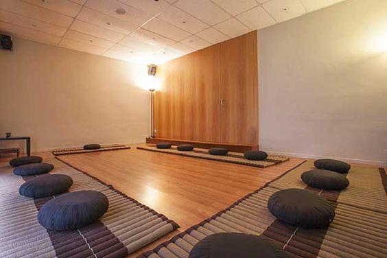 yoga sala - Cerca amb Google