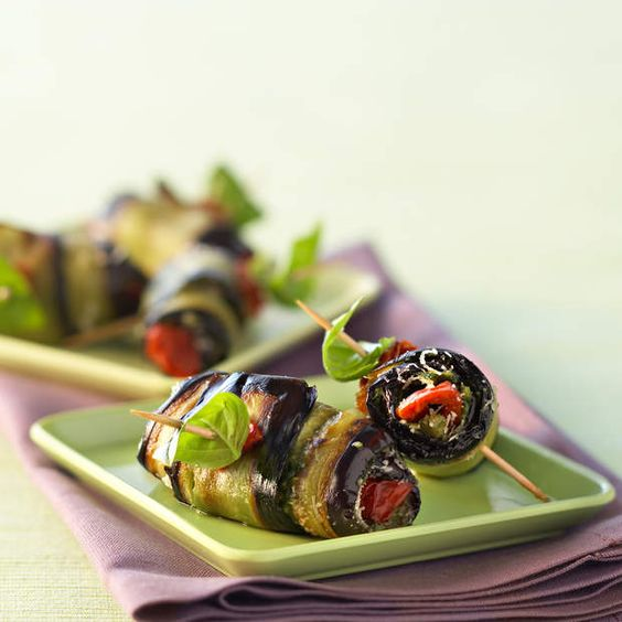 Roulés d'aubergines à la mozzarellaConsulter la recette des roulés d'aubergines à la mozzarella: