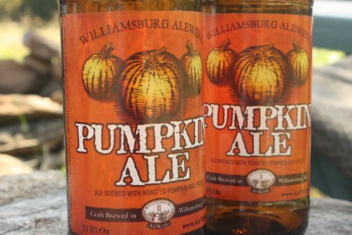 looks delicious...i love anything and everything pumpkin
