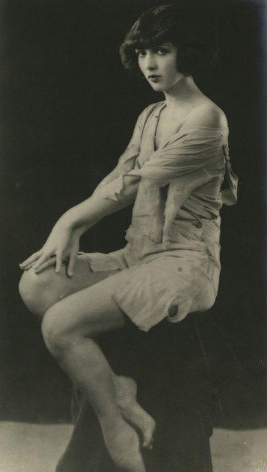 Ziegfeld Beauty ~ Sally Long c.1926
