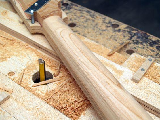 scheltema guitar neck jig woodwork jigs pinterest guitar neck and guitar. Black Bedroom Furniture Sets. Home Design Ideas
