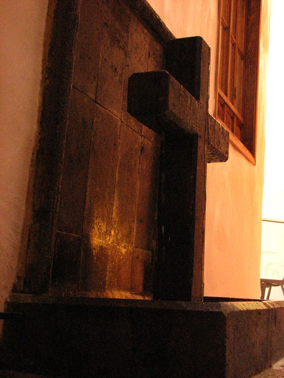 Fountain in La Casa del Naranjo
