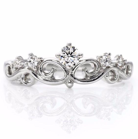 Anillo de corona de oro de 14 k. Anillo de la por JewelryEscorial