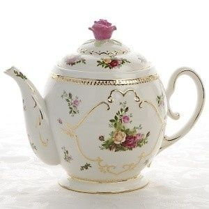 Royal Albert tea pot. Thoughts? So lovely-I'd love to see the tea cups!: