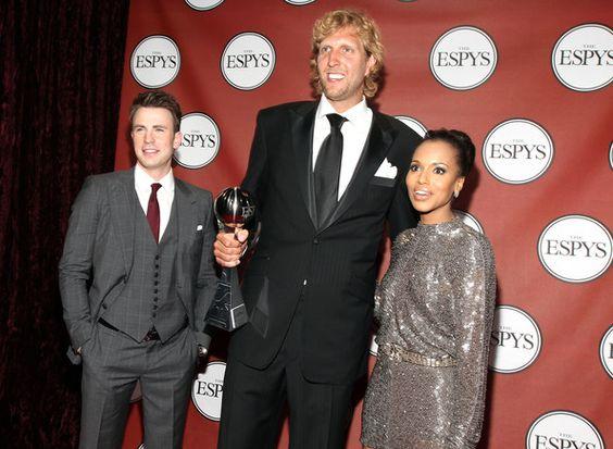 Chris Evans Photos Photos - (L-R) Actor Chris Evans, ESPY winner for Best Male…
