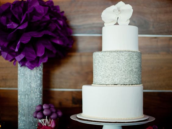 7 Staircase Cakes That Are Beautifully Edgy | Photo by: Scobey Photography | TheKnot.com