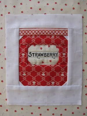 It would be so cute to do a whole quilt with just jars on it :)