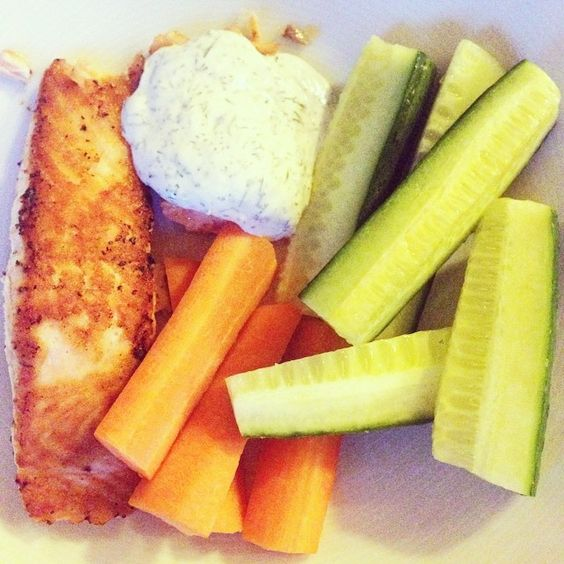 clean dinner!  trying to skip the carbs as much as I can right now, and I feel healthier! #nocarbs #dinner #cleaneating #food #salmon #healthy #Padgram